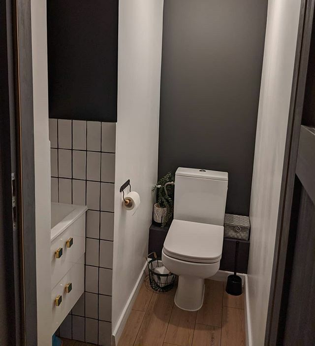 Mam ochotę powiesić tu piękne zdjęcie sowy w ramie. Jak myślicie?#projektSowia1 #toaleta #wc #cersanit #obipolska #homebook #homebookpl #polskiewnętrza #domoweinspiracje #scandinavianhome #toiletdesign #bathroominspo #mieszkaniewbloku #homestagerli… https://ift.tt/3brKrenpic.twitter.com/tKF5P7z80Q