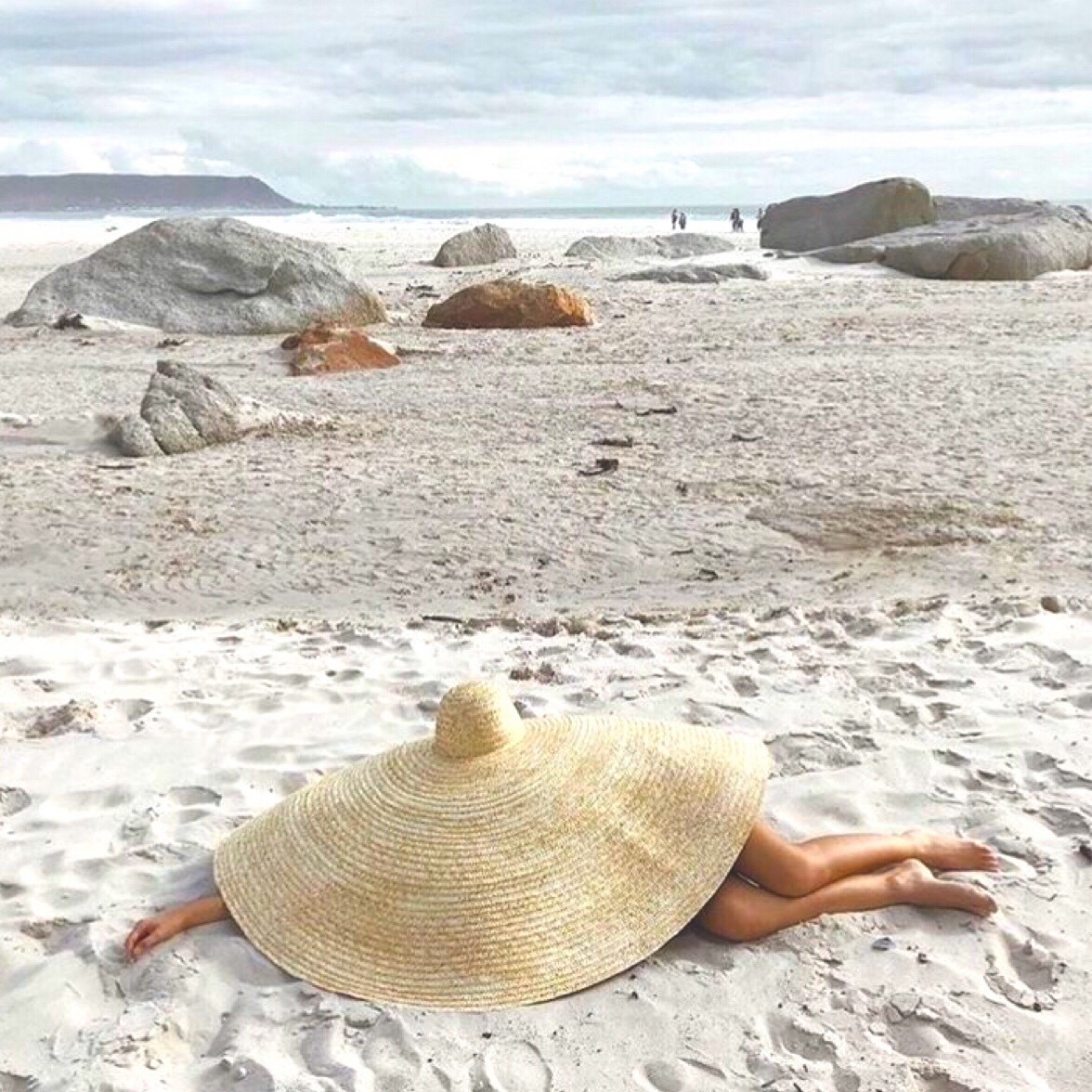 RT @SouthBSwim: And relax...✨☀️🌎  #beach #beachdays #ss20 #holiday #holidayinspo #southbeach https://t.co/Ze8g6Q7858