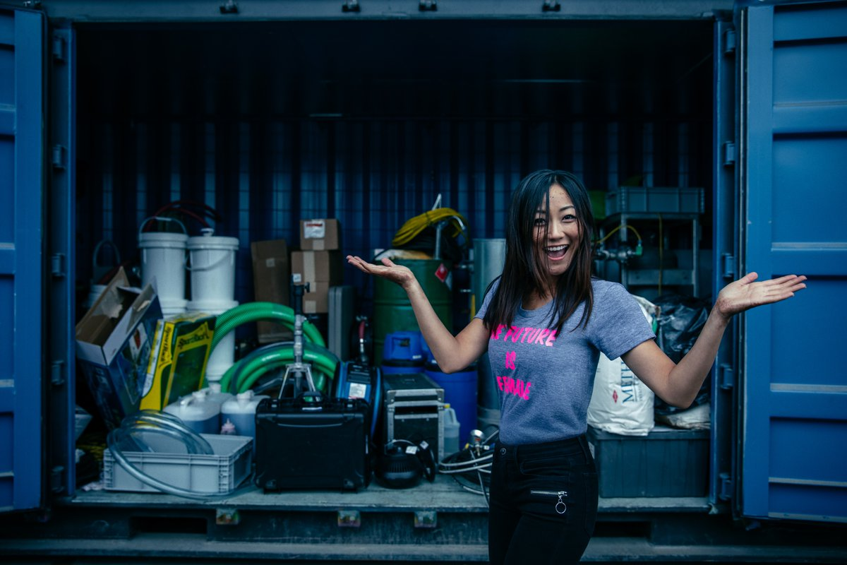 Talk about a strong female… Happy birthday @karenfukuhara!!