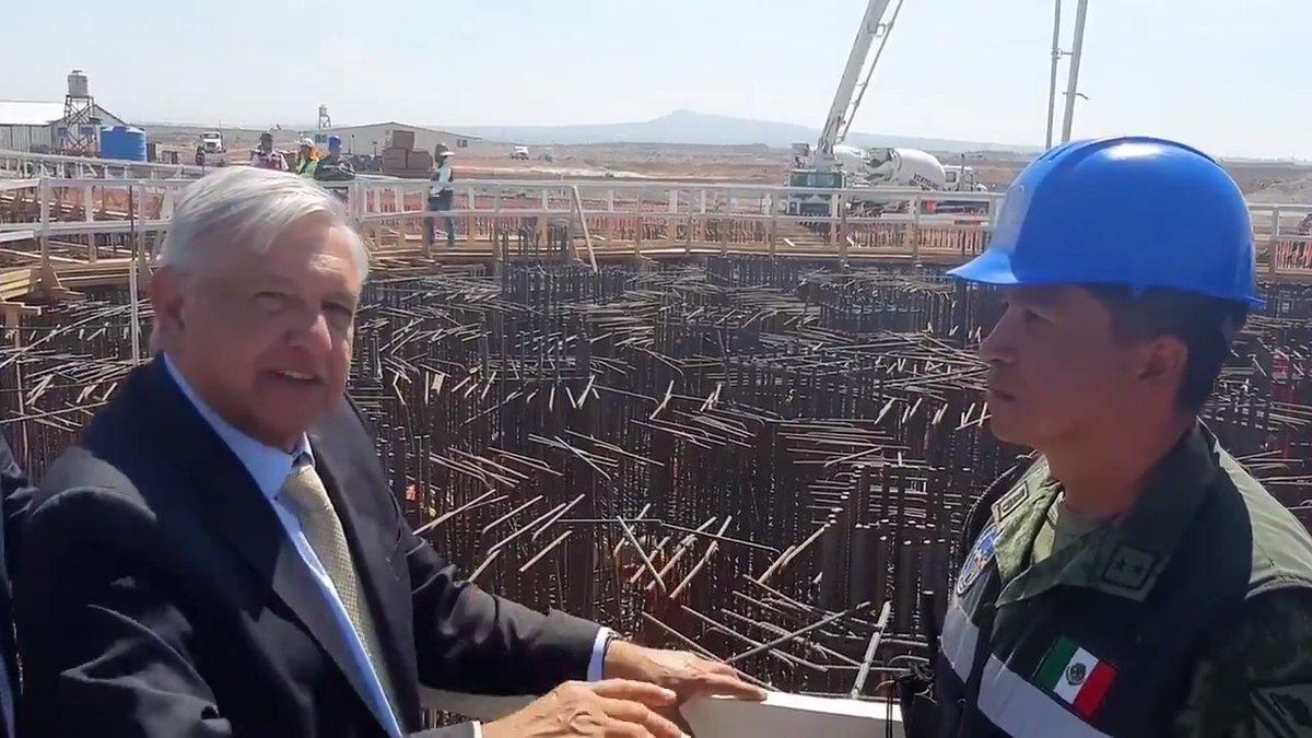 Miren lo que hacen los fierreros mexicanos. Estos trabajadores de la construcción son artistas y los mejores obreros del mundo.