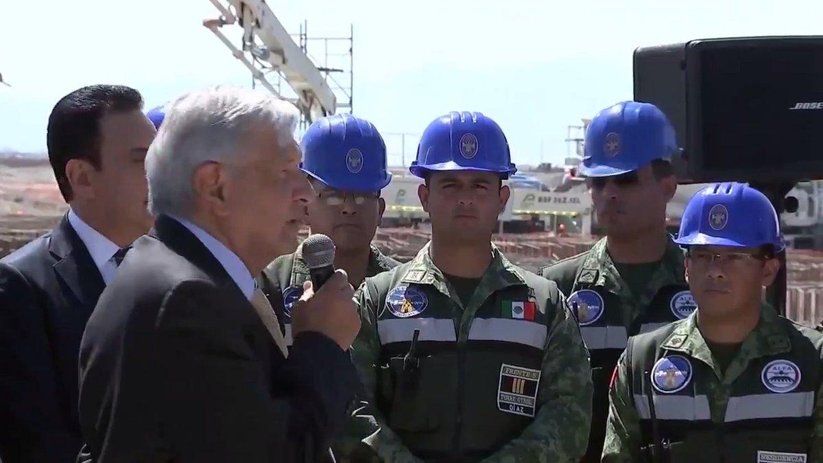 El 21 de marzo de 2022 inauguraremos el mejor aeropuerto de México, con tres pistas y ahorros de 100 mil millones de pesos, gracias a la honestidad, disciplina y profesionalismo de los ingenieros militares.