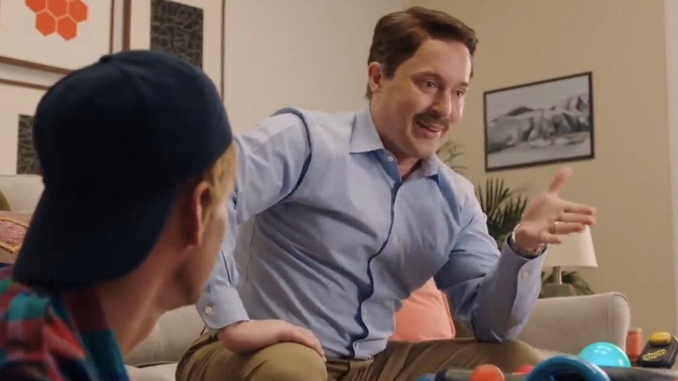 I've developed a crush on this Beck Bennett. His thiccc level is gorg and that porn-stach... I mean cmon!Thanks for coming to my geigh ted talk.