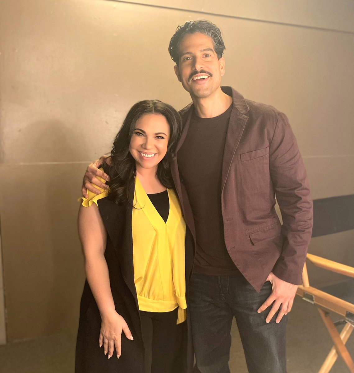 And the awesome guest stars just keep on coming... Welcome @_Adam_Rodriguez to the @OneDayAtATime fam ❤️