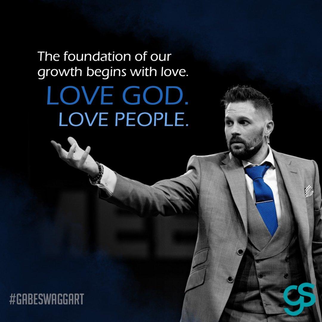 A daily reminder...  #lovegod #lovepeople #agape #godkindoflove #tuesdaythoughts #christianity #liveyourfaithpic.twitter.com/fwgb98fMud