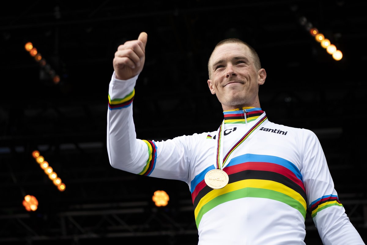 We already had #StormDennis in September last year when @RohanDennis stormed to his second consecutive ITT title at @Yorkshire2019 😉   🚴♂️🌬️🌬️🌬️🌬️  @UCI_cycling #Yorkshire2019