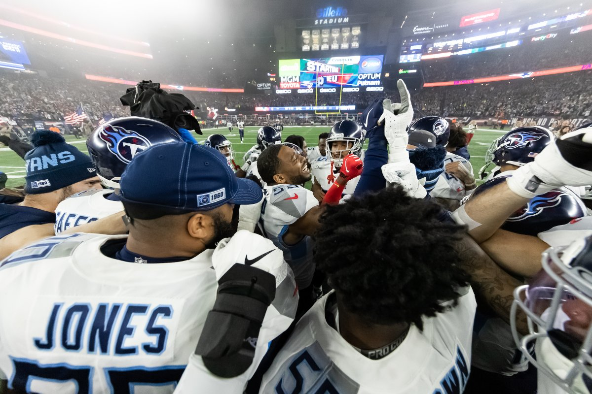 Huddle Around. This Tuesday's @Titans mailbag has arrived. READ bit.ly/2Sl9pop