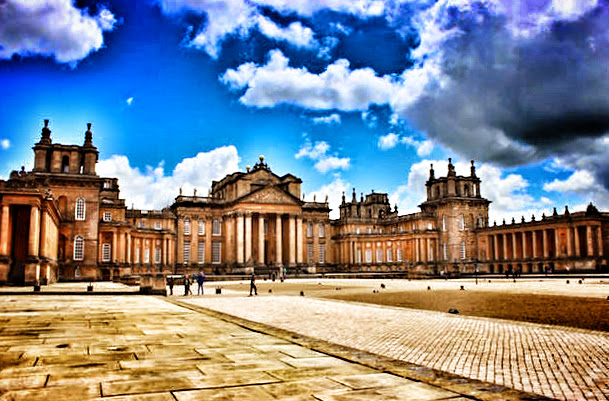 Daytrip from #Oxford, #England to #Blenheim #Palace ->> #PhotooftheDay #Travel #pics