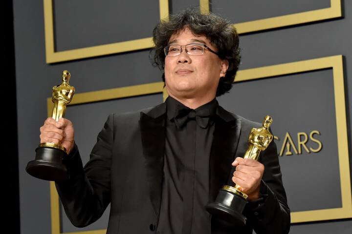i remember watching snow piercer at 13 and falling in love with his direction and overall cinematic experience, congrats #BongJoonHo pic.twitter.com/MkfljUZNlq