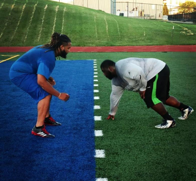 Aaron Charleston being put through his paces! @justaaron28 .  #nflfreeagent #sportsnews #instasport #nflnews #TSLShowcase #TSLinXFL #footballplayer #sportscenter #nfl #nflupdates #footballgame #nflfootball #americanfootball #nflnetworkpic.twitter.com/auvgVWGtpd