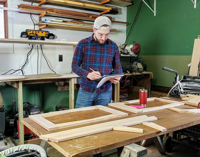 Checking my protect plans for the upteenth time. Since I'll eventually need to write an article, it's important that everything is documented to make my life easier later.  _ #woodworking #woodworkingproject #woodworker #popwoodproject #makersgonnamake https://ift.tt/39mz05Kpic.twitter.com/tPya3Av3Nw