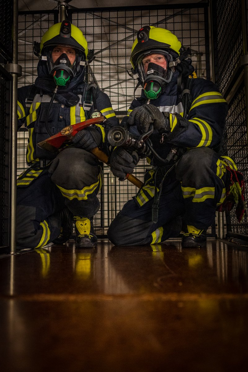 Unser Sprecher der Freiwilligen Feuerwehr, Klaus Peter, ist leidenschaftlicher Hobbyfotograf. Regelmäßig versorgt er die @FW_Oberhausen mit tollen Fotos.  #Ehrenamt #112Live #Oberhausen112 #112fuerOberhausenpic.twitter.com/Zy1Gyk8tUL