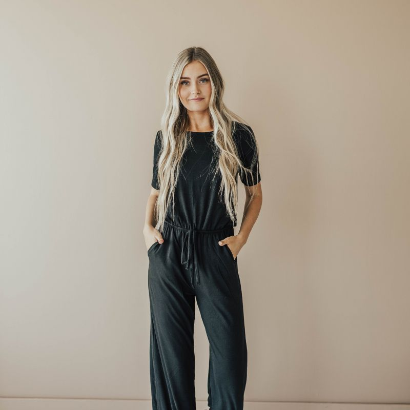 Our favorite jumpsuit is 56% off today! Grab your favorite color for $16.99. #springfashion #bestseller #sale #jumpsuits #fashionista  https://t.co/SI82ewYwGP https://t.co/KIZ0S6Q2XI