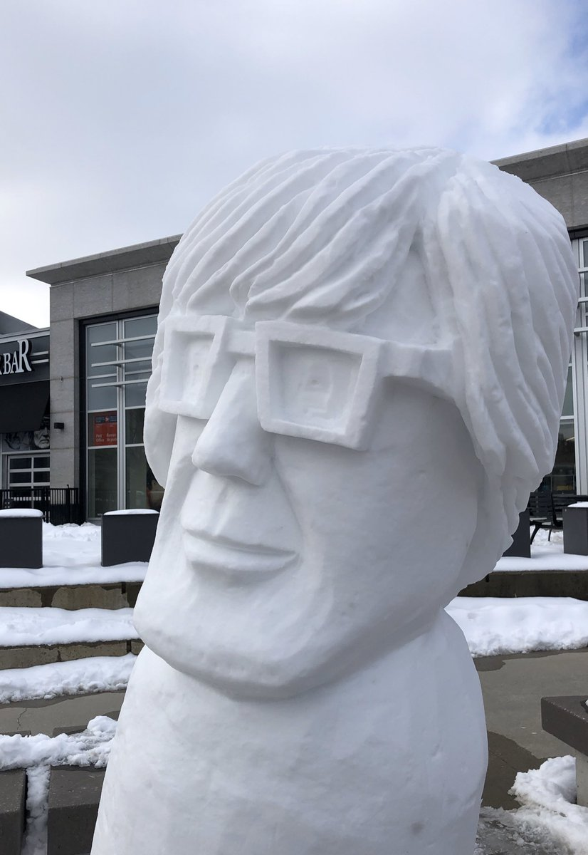 Can you spot 2 changes to Andy? On the left is his new look today. #snowsculpture