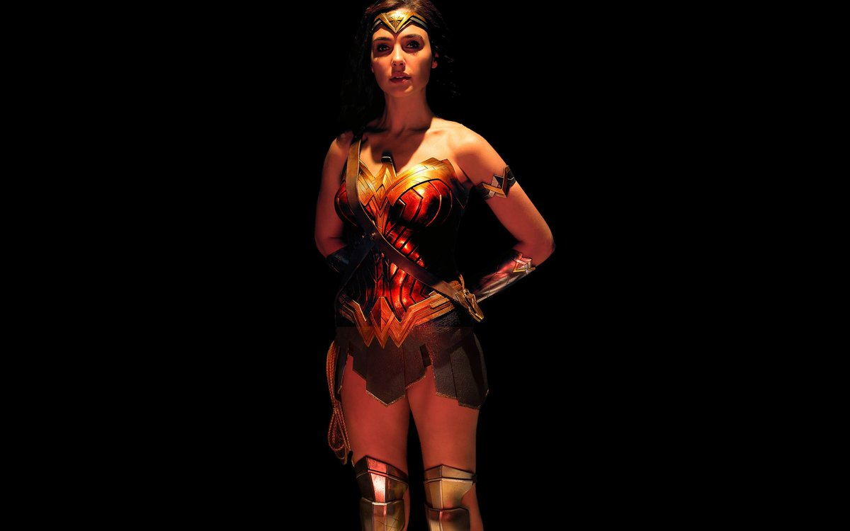 This glow up omg  #WonderWoman pic.twitter.com/1v3lKyVY9d