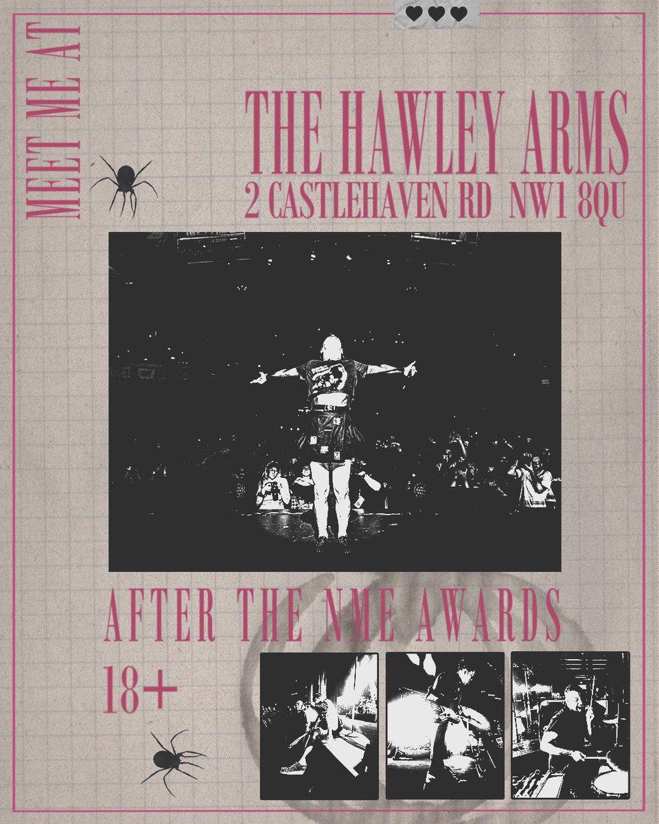 i can't fookin wait for tomorrow night 🖤🖤🖤 see u at brixton , see u at hawley 🖤🖤🖤 choo choo 🚂
