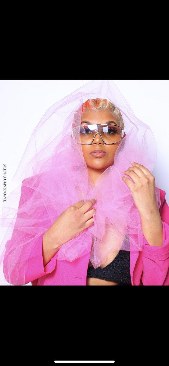 So it Begins  Series shoot (PRT3) Stylist: @__kaix  Creative Director: @__kaix  Model:  Armelia  #tayography #seriesshoot #tayshots #stlphotographer #CEO #voguemagazine #nycphotography #runway #naturemodel #pink #fingerwaves #modelshooting #femalemodeling #magazinecoverpic.twitter.com/vLQ3V1OZq4