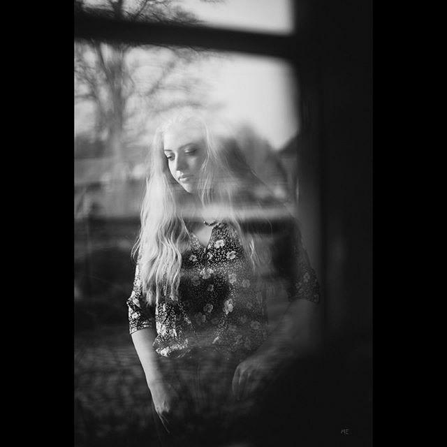 Vielen Dank @_julia.fra__ #portrait #portraitfotography #blackandwhite #diewocheaufinstagram #instamagazine #igersgermany #saturdaze #instainspo #storyportrait #fatalframes #makeportraits #makemoments https://ift.tt/2SB2JkXpic.twitter.com/WdlRWxvXkR