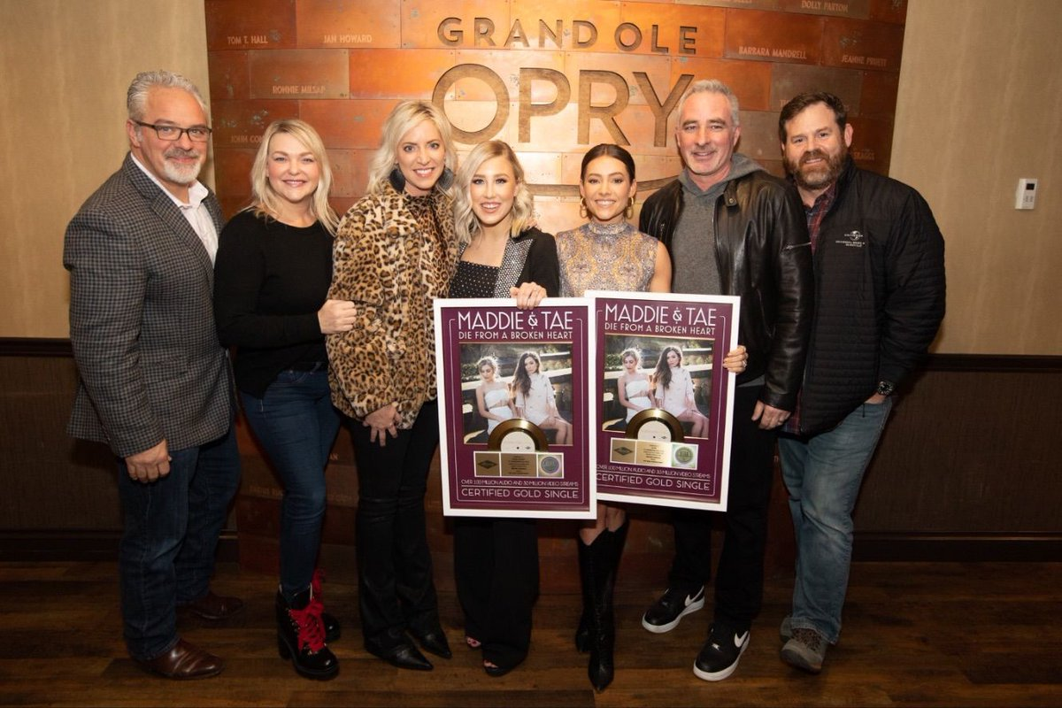 Congrats 👏 👏 👏 @MaddieandTae on your newly Gold 📀 Single, Die From A Broken Heart. @UMGNashville