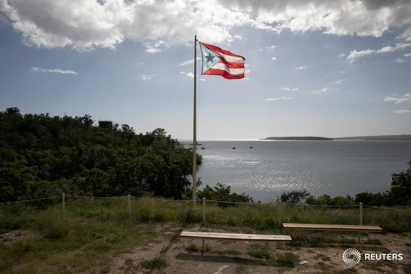 Puerto Rico's debt-restructuring plan is based on overly rosy expectations about the island's prospects. Even reduced, Puerto Rico's debt looks unsustainable, write @Three_Guineas and @alpgomez. https://bit.ly/2vqApJQ
