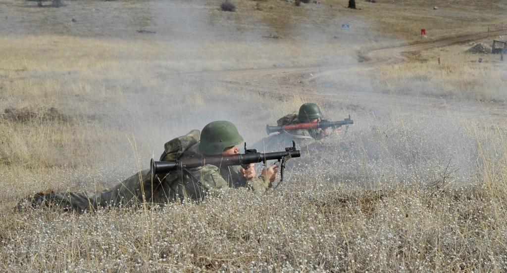 Turkey to beef up Palestine security forces againstIsrael nordicmonitor.com/2020/02/turkey…