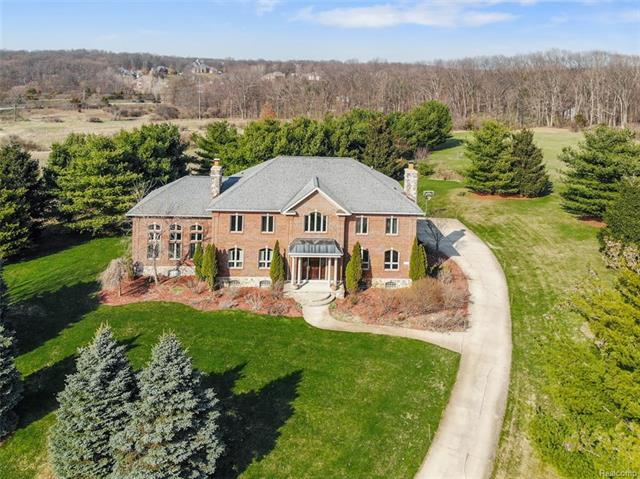 See a virtual tour of our listing on 209 Ivy Glen Drive #MilfordTwp #MI  #realestate http://tour.corelistingmachine.com/home/5YLN28pic.twitter.com/GyR9jXMyWm