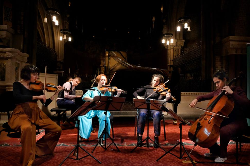 ★★★★ Super-subtle Frenchwomen #QuatuorZaide joined by live-wire pianist and festival doyen Fiachra Garvey at Classical Vauxhall festival https://theartsdesk.com/classical-music/garvey-quatuor-za%C3%AFde-classical-vauxhall-review-vibrant-chamber-music-all…pic.twitter.com/1r27AdsdHQ