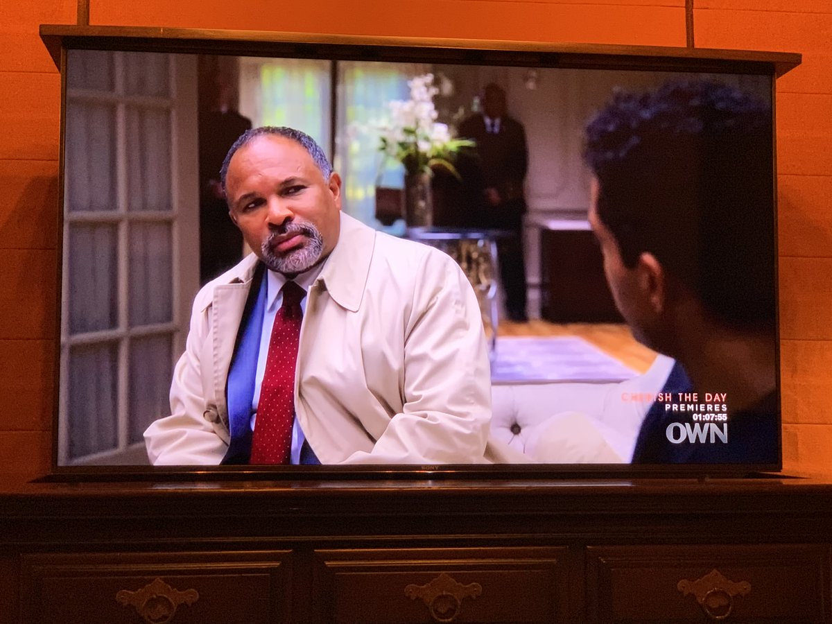 Forgot to tell you that Geoffrey Owens made his HAVES debut last week. Thank you to the millions who watched it. I'm so proud of him! What a great job. #HAHN @ImGeoffreyOwens