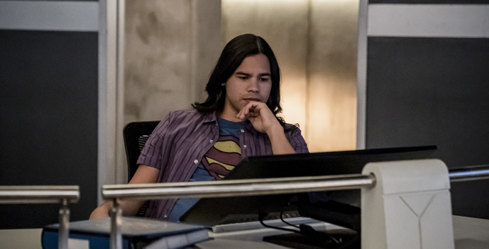 Q9: I don't care what anyone says, this show is never right without Cisco. Agree or disagree?  #FlashChat #TheFlash #LoveIsaBattlefieldpic.twitter.com/RNEH9QkYkE