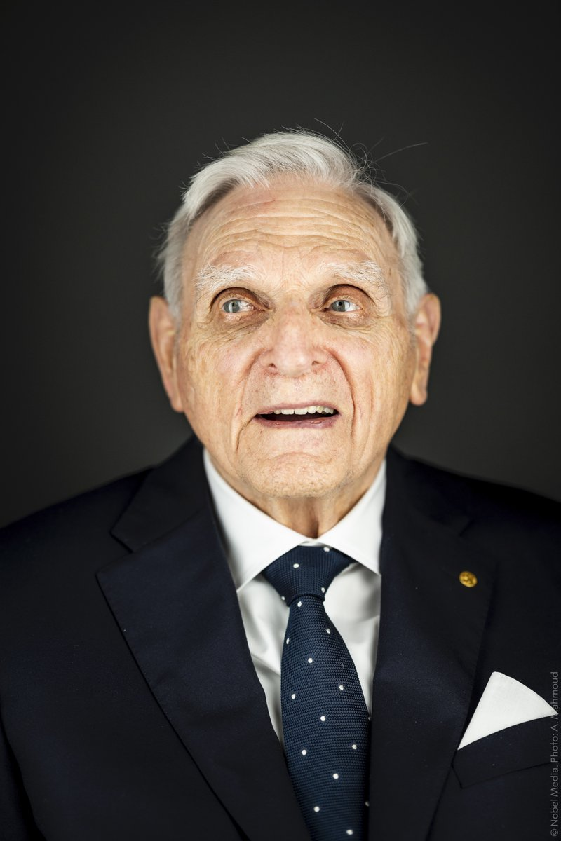 """""""Be enthusiastic about life. Be thankful for life and be thankful to people who like to engage in meaningful dialogue with you.""""Life advice from Chemistry Laureate John Goodenough. At 97, he is the oldest person to receive a #NobelPrize. He still goes to the lab every day."""