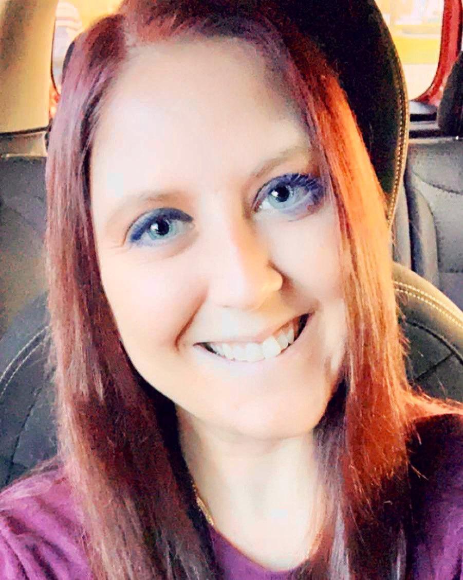 #goodmorningyall #happyWednesday #halfwaythroughtheweek #letsdothis #blueeyedbeauty #originalredhead #redheadsdoitbetter #letsgo #begineachdaywithasmilepic.twitter.com/yQsIsmvmMn