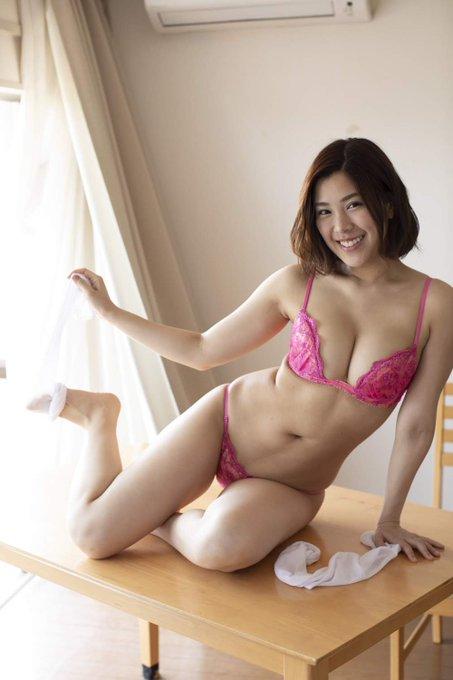 グラビアアイドル内田瑞穂のTwitter自撮りエロ画像35