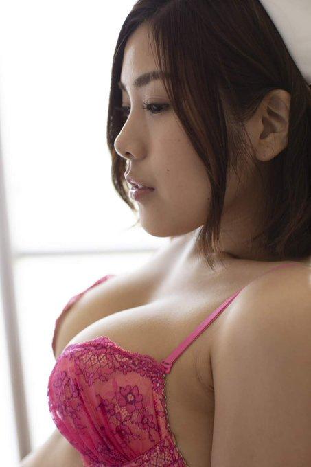 グラビアアイドル内田瑞穂のTwitter自撮りエロ画像36