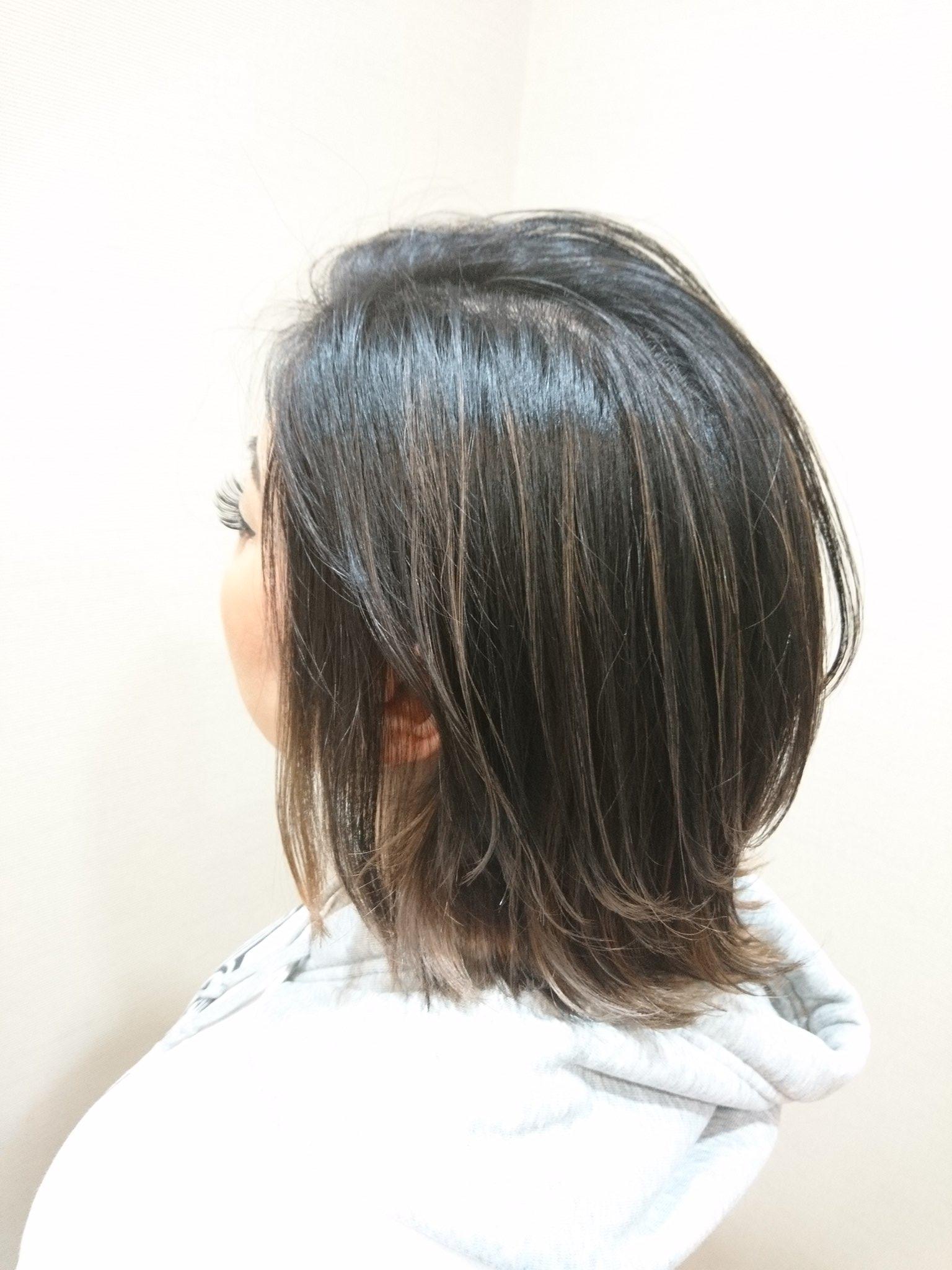どこかの美容室で髪をボロボロにされた女の子の髪をきれいに直しました!!感動!!