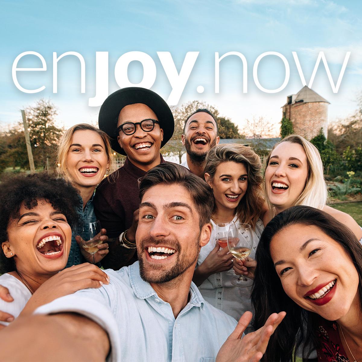 Να είστε πάντα μέσα και #EnjoyNow με τον ευρυγώνιο φακό 8MP του Alcatel3X. ____________ #AlcatelMobile #enjoymoments pic.twitter.com/idrRfF0Y7x