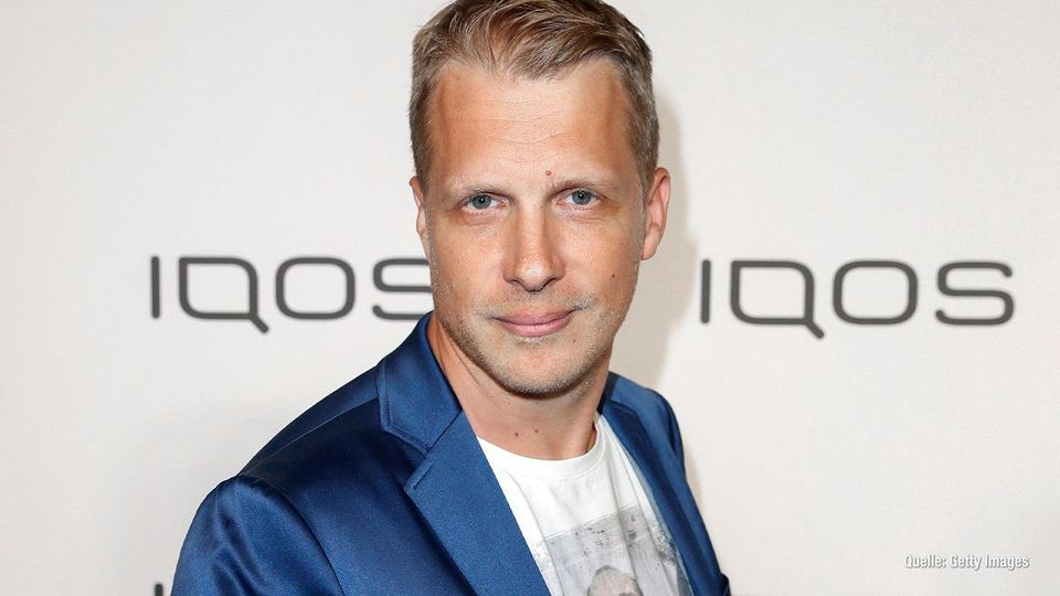 Oliver Pocher: 20.000 Euro als Spende dank Wendler-Shirts - jetzt informieren auf: https://yagaloo.com/oliver-pocher-20-000-euro-als-spende-dank-wendler-shirts/entertainment/entertainment-news-bei-yagaloo-tv/…pic.twitter.com/0NmYgXW4ov