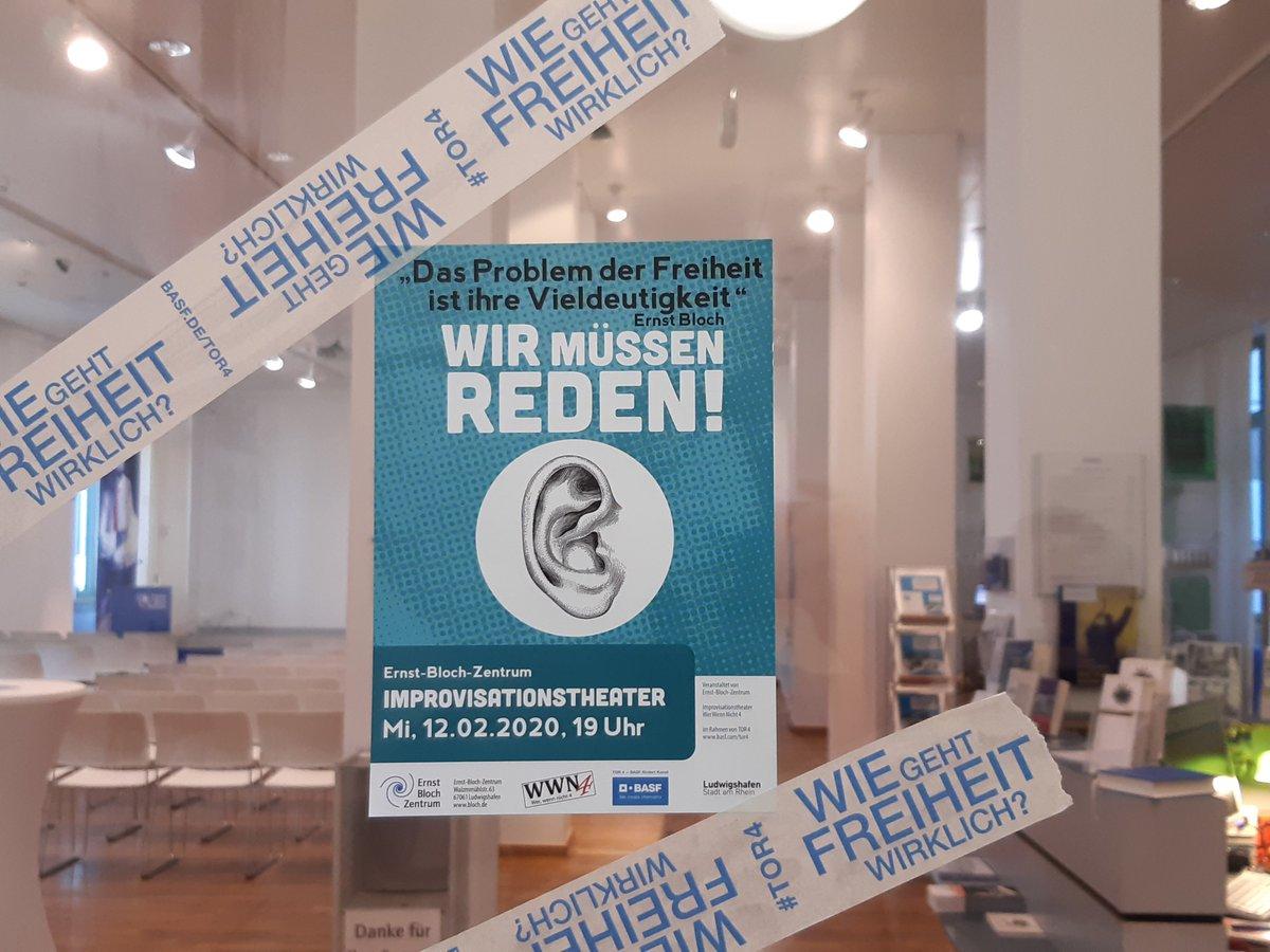 Heute Abend im @BlochZentrum!  19 Uhr, Eintritt frei   #wiegehtfreiheitwirklich #tor4 #kulturförderung #freiheit #kunstundkultur #basf #ernstbloch #improvisationstheater #wwn4 #ludwigshafenpic.twitter.com/LimpYI0YsF