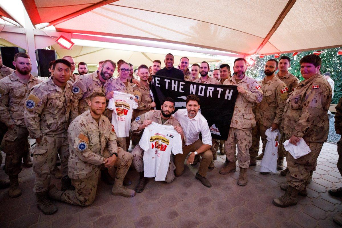 Visite significative du @PMcanadien au Koweït. Il a rencontré l'Emir & son homologue le Premier ministre .@PMCanadien a discuté des relations bilatérales & dév régionaux. Il a visité les troupes canadiennes @JTFImpact & les a remercié pour leur travail & dévouement continu.