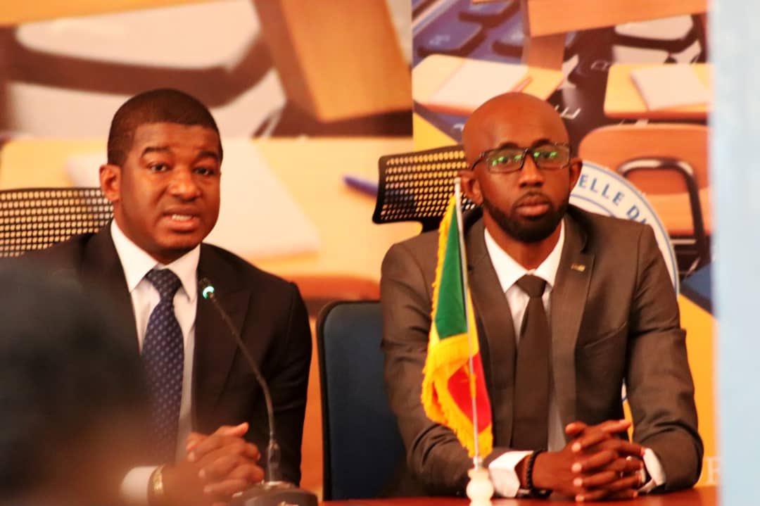 l'université virtuelle du Mali a reçu la visite d'une Equipe de la SMTD (la société malienne de transmission et de diffusion ) avec a la tête son Directeur Génénal M.ISMAEL TOGOLA. @DiawaraAmadou82 @FamibGroupe @PresidenceMali @MaliMenp @groupeinsa