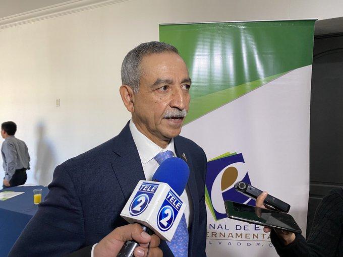 Investigarán uso de vehículos nacionales en concentración convocada por Bukele