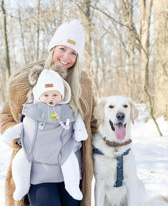 A perfect winter day for a family walk! 🐶🐾❄️ Via @shaunagarneau https://t.co/YW3szkWxaj https://t.co/4O2MstKoCH