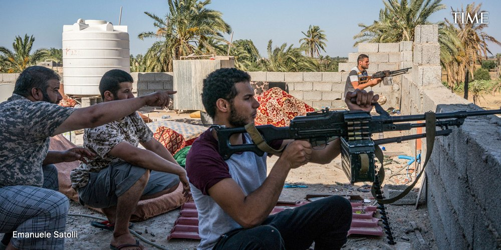 1/ The range of foreign powers involved in the battle for Libya might make it seem from afar like an abstract game of geopolitical chess; the UAE, Turkey, Russia, France.   Up close, it's a deeply visceral war https://ti.me/2USyx7k