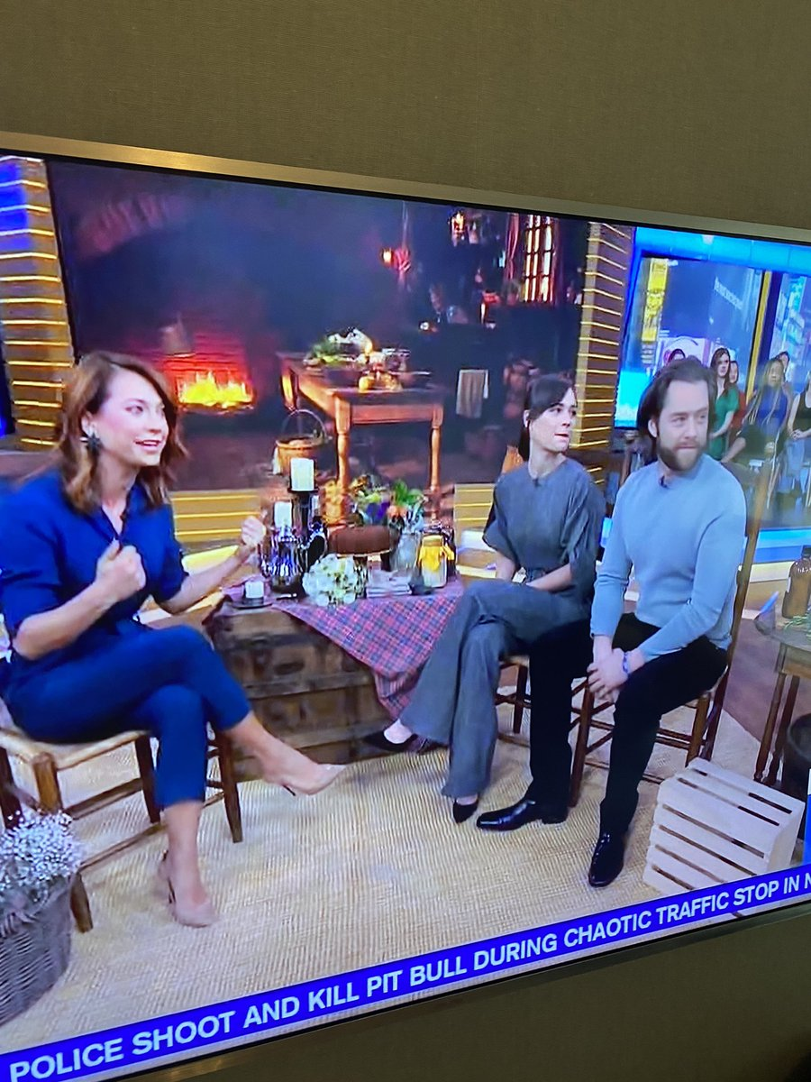 Ummmmm what are those two doing on ma telly..!!!!! Looking good kids! @SkeltonSophie @RikRankin @GMA @Ginger_Zee