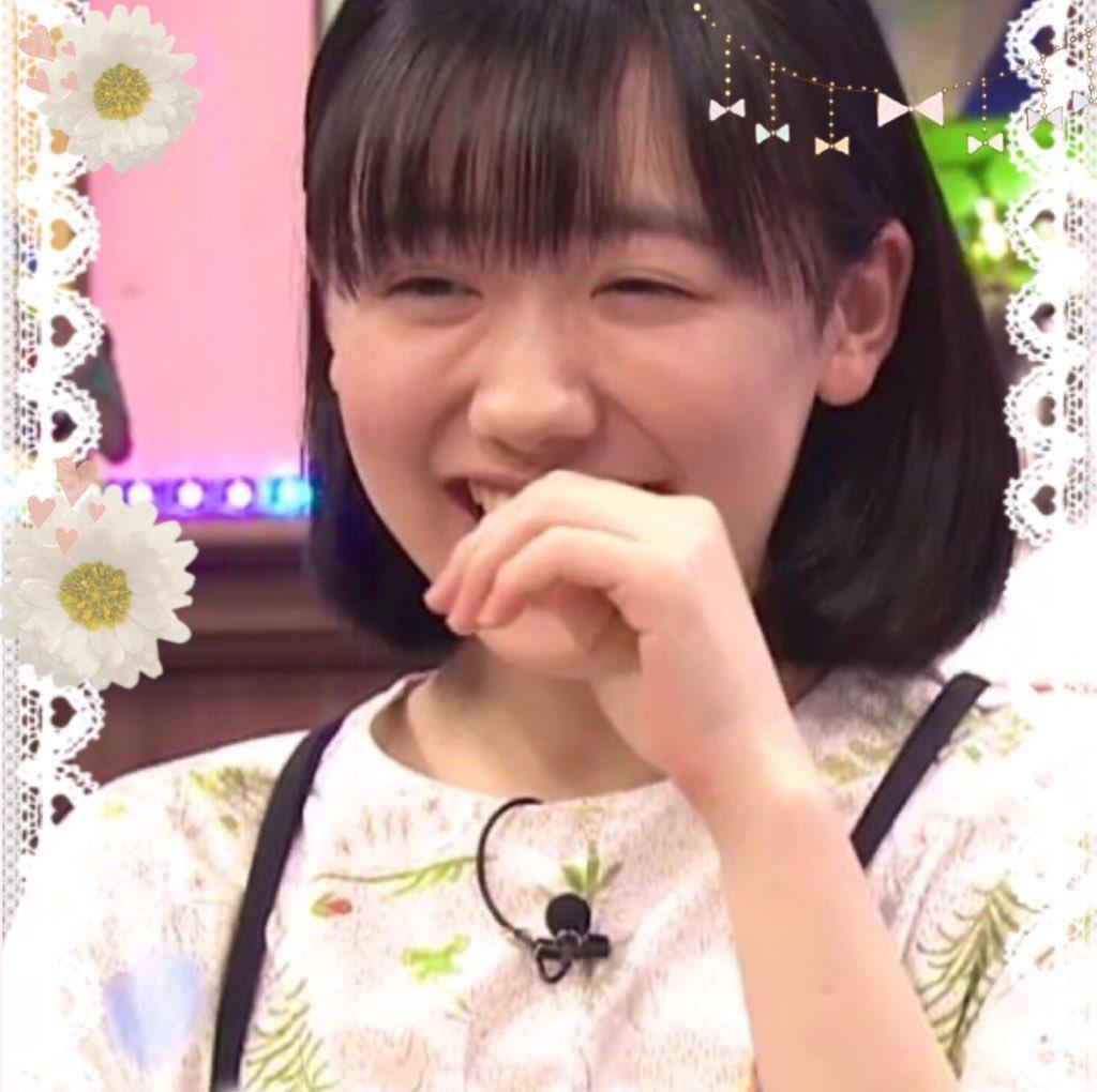 胸 芦田愛菜
