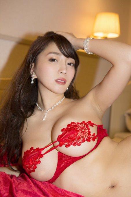 グラビアアイドル森咲智美のTwitter自撮りエロ画像41