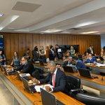 Image for the Tweet beginning: Aprovado na Comissão de Direitos