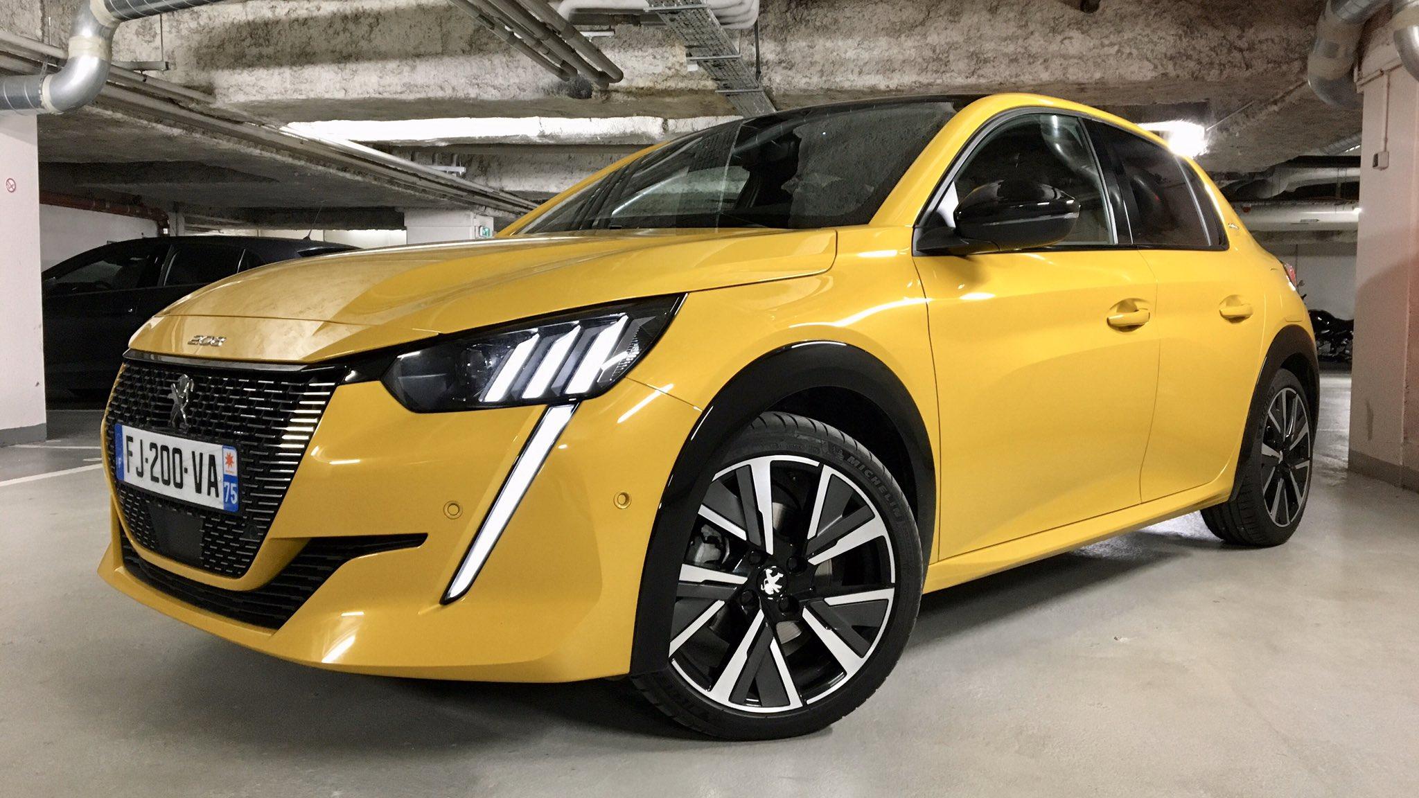 2019 - [Peugeot] 208 II (P21) - Page 11 EQlZ_lxWsAA2dNj?format=jpg&name=4096x4096