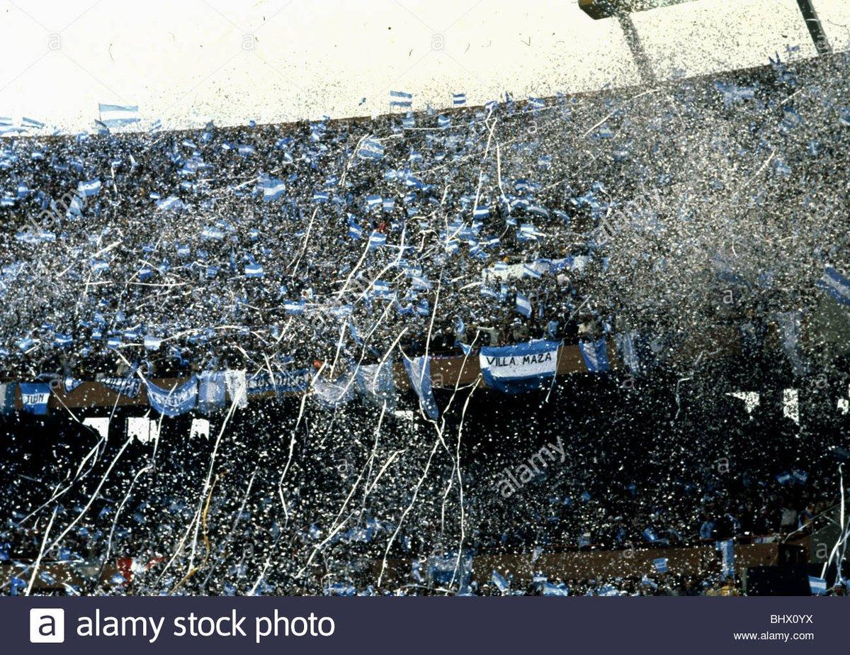 Bielsa day - 22nd February Reading home game Bielsa flags- confirmed 🇦🇷 ticker tape 🇦🇷 Argentina fancy dress 🙏 🇦🇷 Bog rolls ..streamers 🇦🇷 A south American carnival #LUFC #Kingofellandroad