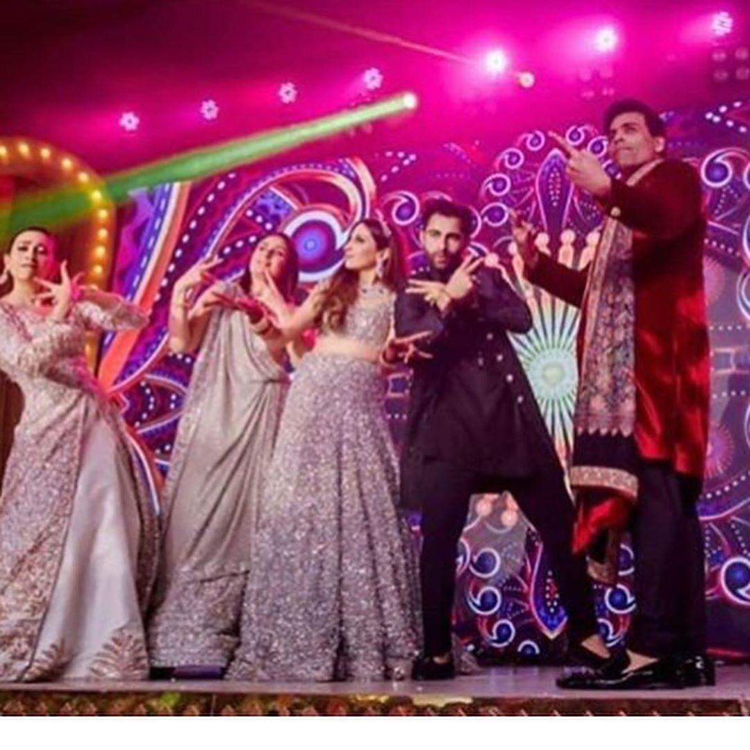 They got the swag like no one else!#KareenaKapoor ##KarismaKapoor #KaranJohar at #ArmaankiShaadi . We still can't get over these pictures!#AnissaMaanGayi #ArmaanJain #BigFatIndianWedding #WeddingGoals #Bollywood #Sangeet #Reception #Divas #Stars #CanadaIndians #pic.twitter.com/Vx6zh2xoIA