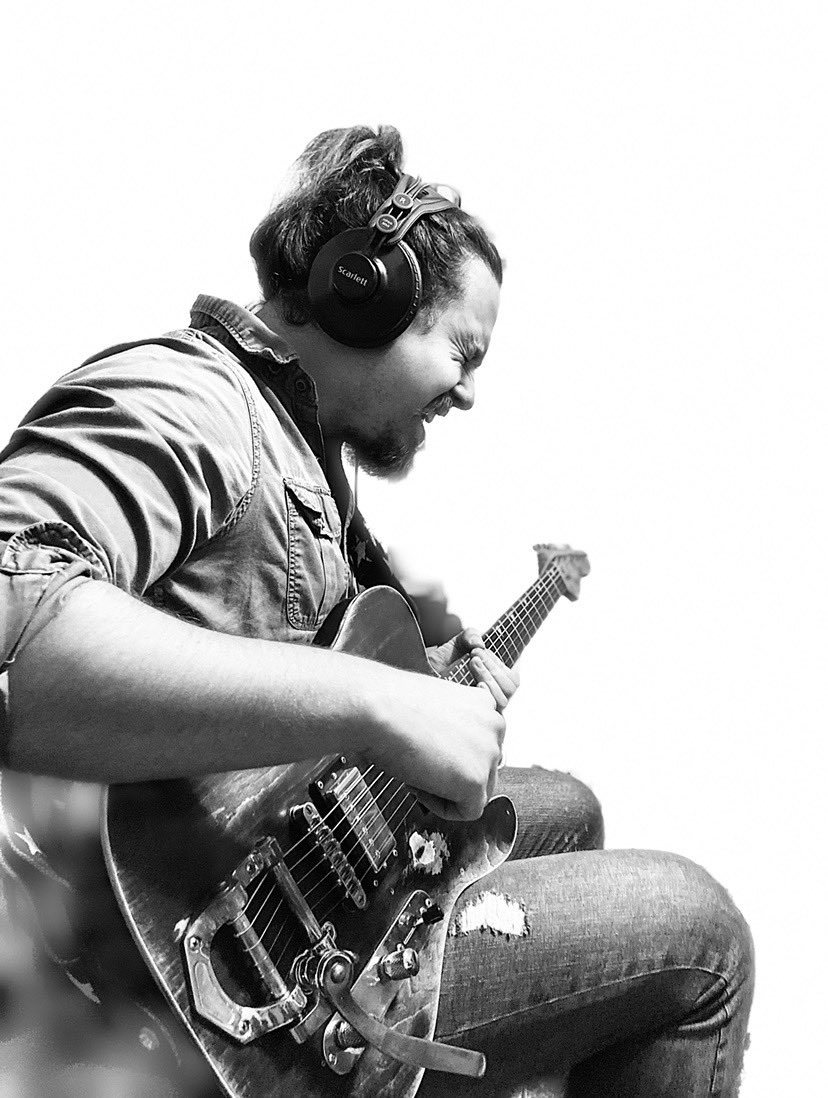 Make it Big! Make it Loud! #newmusic #Wordsforwednesday #WednesdayVibes #singitloud #ep #musician #musicianlife #bands #musicpic.twitter.com/hWyedO8VjP