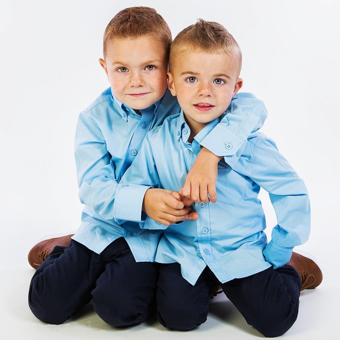Brothers #modelfotografie #modelfotograaf #kinderfotografie #kindermodel #kidsmodel #kidsfoto #brasschaat #fotostudiobrasschaat #fotograafbrasschaat #antwerpen #fotostudioantwerpen #fotostudio #communiefotograaf #communiefotografie #communiefoto #communiefotos #communiefotoshootpic.twitter.com/I3Wly7wcQl
